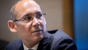 أمير يارون، مدير بنك إسرائيل، يحضر مؤتمرا صحفيا في القدس، 31 مارس 2019 (Yonatan Sindel / Flash90)