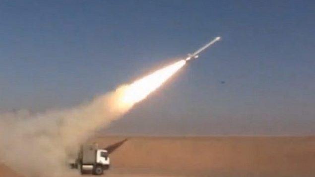 توضيحية: إيران تقول إنها أجرت اختبارا ناجحا على صاروخ كروز 'حفيظة' في 2 فبراير، 2019.  (Screen grab via Tasnim)