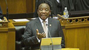 رئيس جنوب إفريقيا، سيريل رامافوسا، يلقي بخطاب 'حال الأمة' أمام البرلمان، في كيب تاون، جنوب إفريقيا، 7 فبراير، 2019.  (Rodger Bosch, Pool via AP)