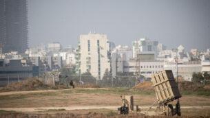بطارية 'القبة الحديدية' في سديروت، جنوب إسرائيل، بالقرب من الحدود مع قطاع غزة، 13 نوفمبر، 2019. (Yonatan Sindel/Flash90 )