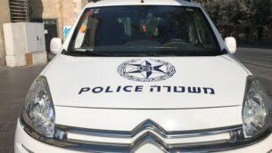 صورة توضيحية: سيارة شرطة في القدس، 20 سبتمبر، 2017.  (Times of Israel/Stuart Winer)