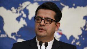 في هذه الصورة من تاريخ 28 مايو، 2019، يظهر المتحدث باسم وزارة الخارجية الإيرانية، عباس موسوي، خلال مؤتمر صحفي في طهران، إيران.  (AP Photo/Vahid Salemi)