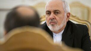 وزير الخارجية الإيراني محمد جواد ظريف أثناء محادثات في موسكو، روسيا، 30 ديسمبر 2019. (Alexander Zemlianichenko/AP)