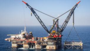 منصة في حقل لفياتان للغاز الطبيعي في البحر الابيض المتوسط، بالقرب من مدينة قيسارية، 31 يناير 2019 (Marc Israel Sellem/Pool/AFP)