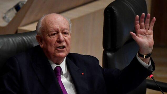 رئيس بلدية مرسيليا جان كلود جودان يترأس مجلس مدينة، 27 يناير 2020، في قاعة مدينة مرسيليا. (GERARD JULIEN / AFP)