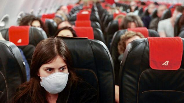 رحلة من مطار بن غوريون الدولي إلى مطار فيوميتشينو في روما، 21 فبراير 2020. (Nati Shohat / Flash90)