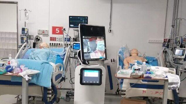 أسرة في وحدة عناية مركز جديدة مخصصة لمرضى الكورونا في المركز الطبي شيبا. (Courtesy)