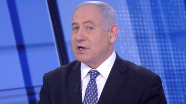 رئيس الوزراء بنيامين نتنياهو في مقابلة مع القناة 12 في 21 مارس، 2020. (Screenshot)