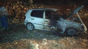صورة توضيحية: سيارة أحرقت في هجوم على قرية فرعتة الفلسطينية، 20 ديسمبر 2019. (Far'ata municipality)