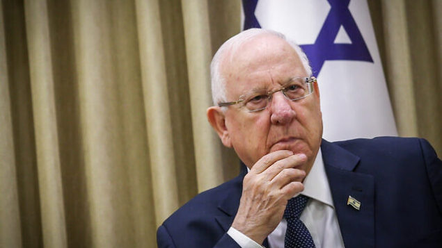 رئيس الدولة رؤوفين ريفلين في مقر رؤساء إسرائيل، 6 يناير، 2020. (Flash90)