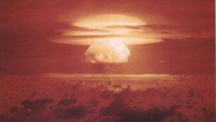 صورة توضيحية: تجربة قنبلة نووية أمريكية في جزر مارشال، 1954. (Wikicommons/US Department of Energy)
