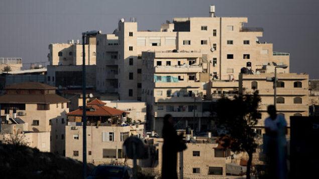 المدخل إلى العيساوية في القدس الشرقية، 5 نوفمبر، 2019.  (Yonatan Sindel/Flash90)