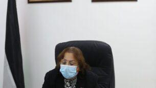 وزيرة الصحة الفلسطينية مي الكيلة تعلن عن زيادة حالات الإصابة في الخليل، 17 يونيو 2020. (Courtesy: Wafa)