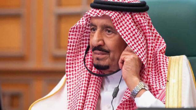 الملك السعودي سلمان في الرياض، المملكة العربية السعودية، 26 مارس 2020. (Saudi Press Agency via AP)