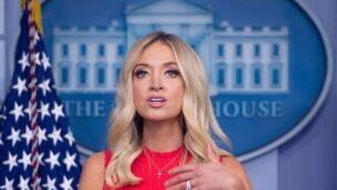 المتحدثة باسم البيت الأبيض كايلي ماكيناني تتحدث للصحافيين في 10 يونيو، 2020، في البيت الأبيض بواشنطن.  (Saul Loeb/AFP)