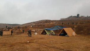 عناصر من شرطة حرس الحدود خلال عمليات هدم مبان غير قانونية في بؤرة شيفاح هآرتس الاستيطانية بالضفة الغربية، 12 أغسطس، 2020.(Israel Police)