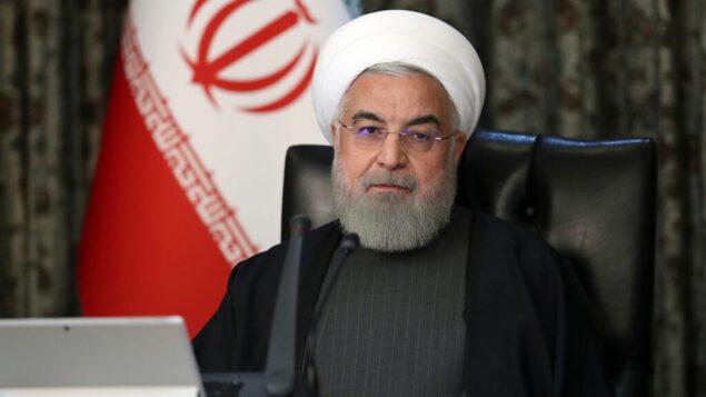الرئيس الإيراني حسن روحاني يحضر جلسة مجلس الوزراء في طهران، إيران، 18 مارس 2020. (Office of the Iranian Presidency via AP)
