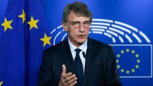 رئيس البرلمان الأوروبي ديفيد ساسولي يعقد مؤتمرا صحفيا عقب اجتماعه مع رئيس فريق عمل الاتحاد الأوروبي للعلاقات مع المملكة المتحدة، 8 سبتمبر 2020، في بروكسل (ARIS OIKONOMOU / AFP)