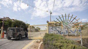 مدخل مستوطنة يتسهار في الضفة الغربية، 20 اكتوبر 2019 (Sraya Diamant / Flash90)