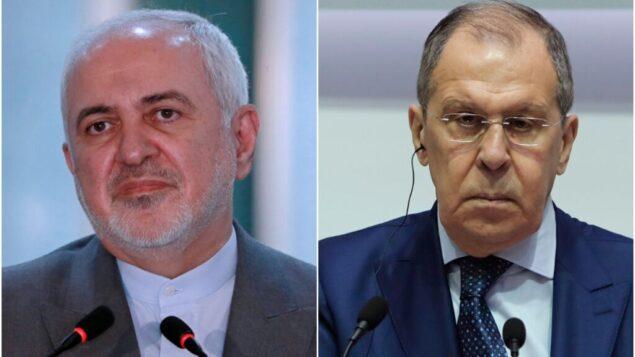 صورة مركبة: وزير الخارجية الإيراني محمد جواد ظريف (إلى اليسار) ووزير الخارجية الروسي سيرغي لافروف (Hadi Mizban, Petros Karadjias/AP Photos)