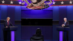 الرئيس الأمريكي دونالد ترامب والمرشح الديمقراطي للرئاسة جو بايدن يشاركان في المناظرة الرئاسية النهائية في جامعة بلمونت، في ناشفيل بولاية تينيسي، 22 أكتوبر 2020 (CHIP SOMODEVILLA / GETTY IMAGES VIA NORTH AMERICA / GETTY IMAGES VIA AFP)