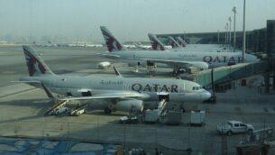 صورة توضيحية: طائرات في مدرج مطار حمد الدولي في الدوحة، قطر (CC BY-SA Sunnya343, Wikipedia)
