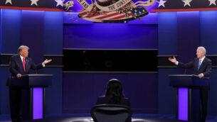 الرئيس الأمريكي دونالد ترامب والمرشح الديمقراطي للرئاسة جو بايدن يشاركان في المناظرة الرئاسية الأخيرة في جامعة بلمونت في ناشفيل، تينيسي، في 22 أكتوبر، 2020. Chip) Somodevilla / Getty Images / AFP).