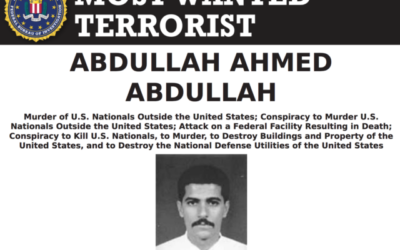 عبد الله أحمد عبد الله في ملصق يعلن فيه مكتب التحقيقات الفدرالي الأمريكي عنه شخصا مطلوبا. (FBI)