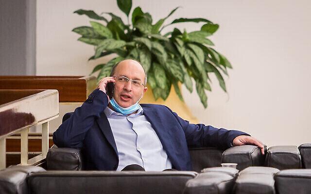 وزير العدل آفي نيسنكورن في الكنيست، 21 أكتوبر، 2020. (Yonatan Sindel / Flash90)