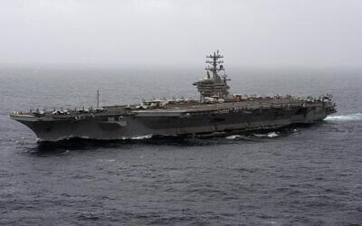 حاملة الطائرات الأمريكية نيميتز تعبر بحر العرب، 7 سبتمبر 2020 (Mass Communication Specialist 3rd Class Elliot Schaudt/U.S. Navy via AP)