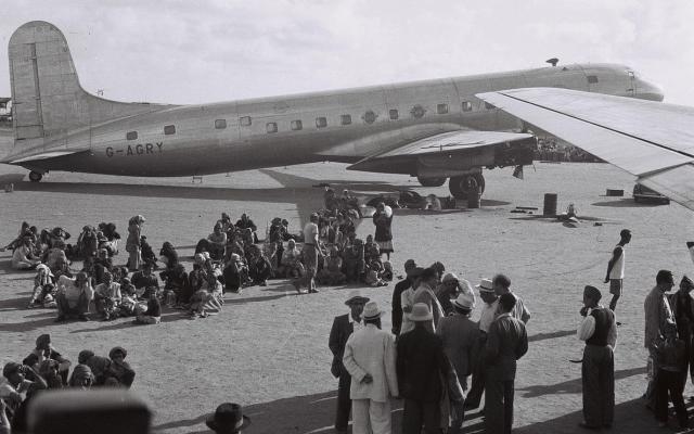 يهود عدن، اليمن، في انتظار إجلائهم إلى إسرائيل في 1 نوفمبر، 1949. (GPO / Public domain)