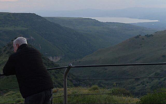 بنيامين نتنياهو خلال جولة في هضبة الجولان، 23 أبريل، 2019. (PMO)
