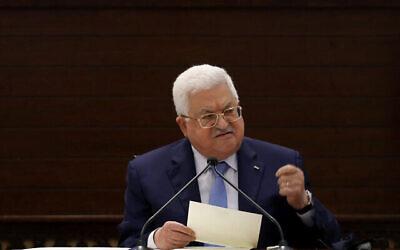 رئيس السلطة الفلسطينية محمود عباس يلقي كلمة في مدينة رام الله بالضفة الغربية، 3 سبتمبر 2020 (Alaa Badarneh/Pool/AFP)
