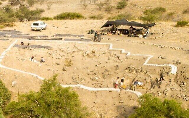 الحفريات الأثرية في موقع ناحال عين غيف 2. (Leore Grosman/Hebrew University)