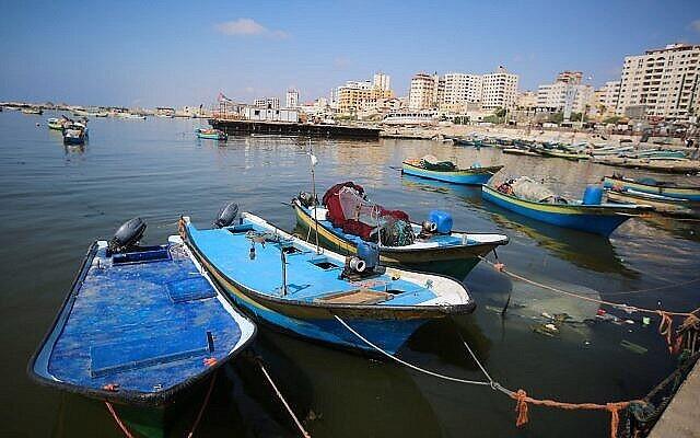 قوارب صيد في ميناء غزة، 13 يونيو، 2019. (Hassan Jedi/Flash90)