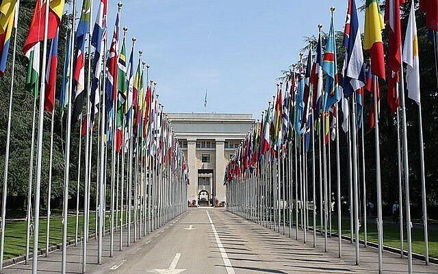 قصر الأمم في جنيف، سويسرا، مقر مجلس حقوق الإنسان التابع للأمم المتحدة. (CC BY-SA Henry Mühlpfordt / Wikipedia)