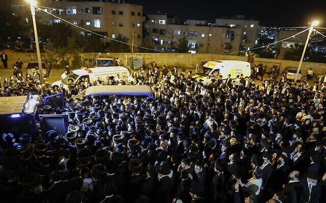 جنازة الياهو شموئيل كوهين، أحد ضحايا كارثة ميرون، 1 مايو 2021 (Yonatan Sindel / Flash90)