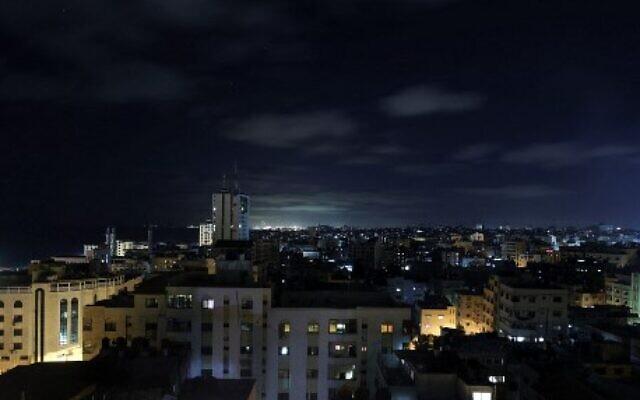 سماء غزة، 18 يونيو 2021 (Photo by MOHAMMED ABED / AFP)