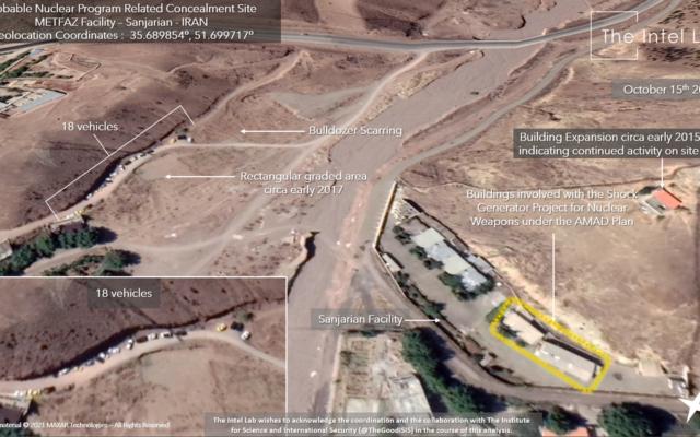 مركبات شوهدت في موقع في سانجريان، بالقرب من طهران، الذي تم تحديده في السابق كموقع أبحاث نووي إيراني، في صورة أقمار اصطناعية من 15 أكتوبر ، 2020. (The Intel Lab / Maxar)