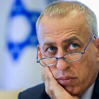 المدير العام لوزارة الصحة نحمان آش يحضر مؤتمرا صحفيا حول فيروس كورونا في القدس، 29 أغسطس، 2021. (Olivier Fitoussi / Flash90)