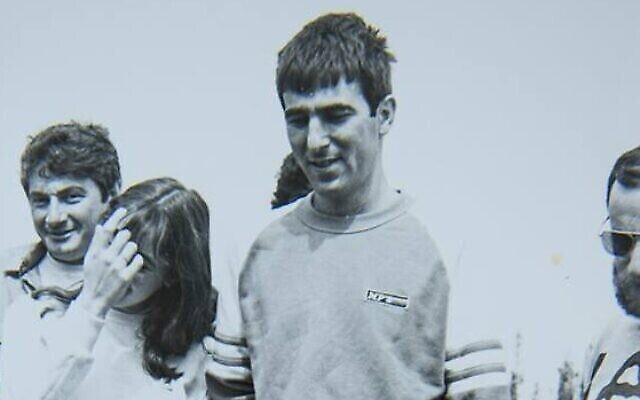 ملاح القوات الجوية الإسرائيلية رون عراد الذي فقدت آثاره عام 1986 مع أصدقائه. (سلاح الجو الإسرائيلي)