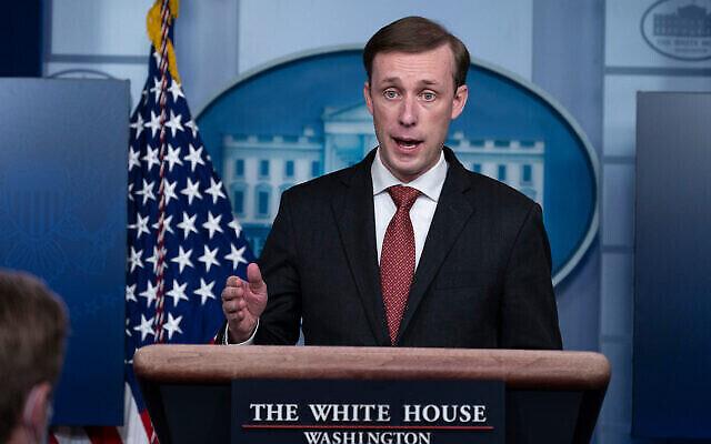 مستشار الأمن القومي الأمريكي جيك سوليفان يتحدث مع المراسلين  في البيت الأبيض، 12 مارس، 2021، في واشنطن العاصمة. (AP Photo/Alex Brandon)