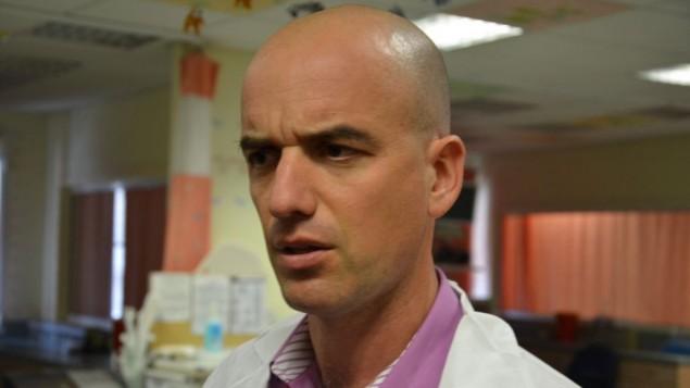 طبيب الاطفال يوئاف هوفمان 11 مارس 201 (بعدسة كيت شاتل ورث)