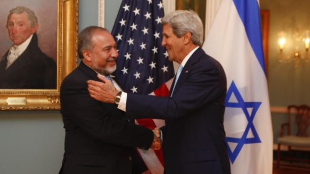 وزير الخارجية افيجدور ليبرمان يلتقي بوزير الخارجية الامريكي جون كيري في واشنطن، الاربعاء 18 سبتمبر 2014 Jordan Silverman/Foreign Ministry