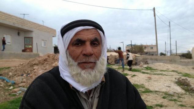 محمد العدرة من قرية ديرات في الضفة الغربية 22 ديسمبر 2014 (بعدسة الحانان ميلر )