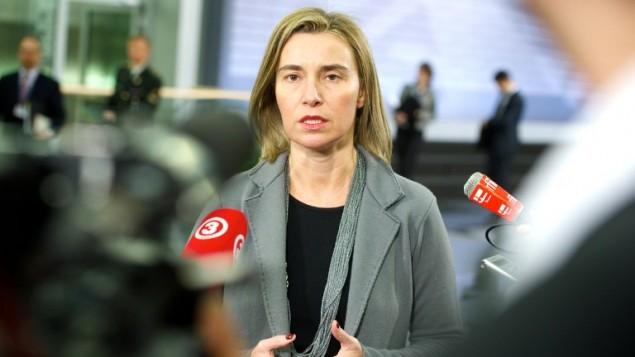 فيديريكا موغيريني وزيرة الخارجية الاوروبية  قبل اجتماع غير رسمي لوزراء الدفاع في الاتحاد الأوروبي في ريغا، لاتفيا  18 فبراير،  2015  ( AFP/ILMARS ZNOTINS)