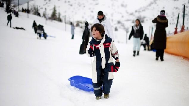 التزلج في جبل الشيخ (Dima Vazinovich/Flash90)