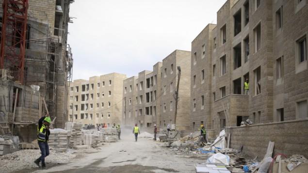 عمليات البناء في مدينة روابي 23 فبراير 2014 (فلاش 90)