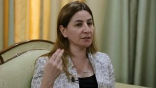 عضو البرلمان اليزيدية الوحيدة في العراق، فيان دخيل، خلال مقابلة في اربل، 20 سبتمبر 2014 (Mohammed Sawaf/AFP)