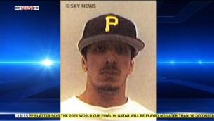 """قناة سكاي نيوز تنشر اول صورة ل""""الجهادي جون""""، جلاد الدولة الإسلامية البريطاني، الذي تم تحديد هويته من قبل الصحافة الأمريكية والبريطانية على انه محمد الموازي في 27 فبراير 2015."""